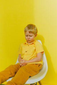Mi hijo muerde. Los niños cuando muerden, es porque no saben pedir las cosas ni expresar su enfado de otro modo.